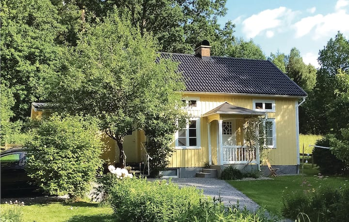 Nice home in Vegby with Sauna and 2 Bedrooms