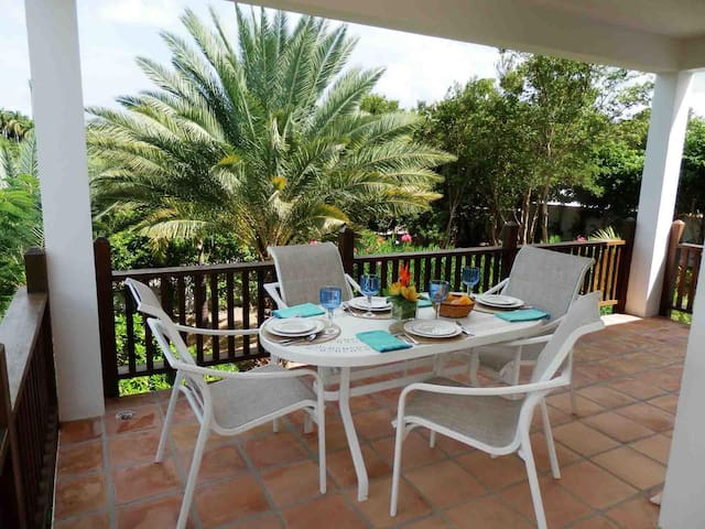 Coconut Palm Villa Outdoor Poolside Dining Area