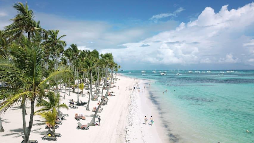 Villa at Caribe Village - private beach area.