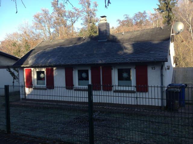 Small house (cottage) as vacation home - Limburg an der Lahn - Huoneisto