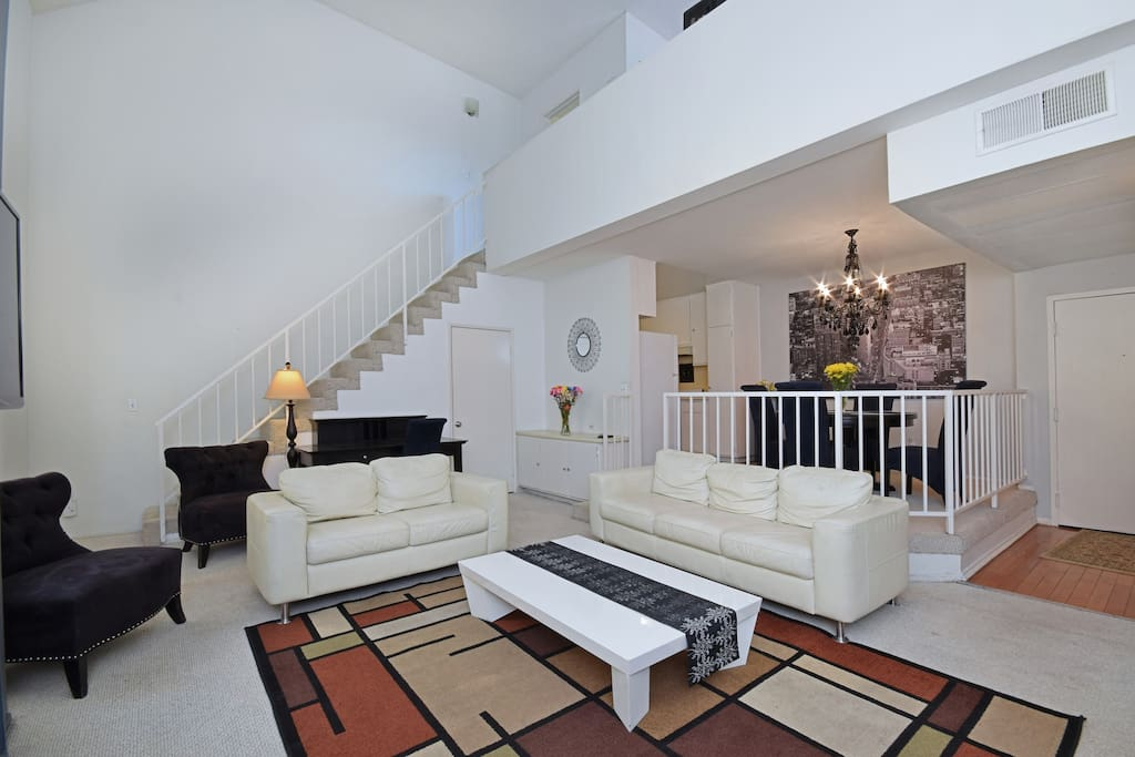 One Bedroom Loft Penthouse Sherman Oaks Ca Apartments For Rent In Los Angeles California