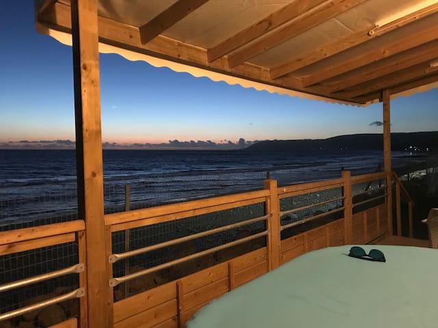 ATLANTICA BEACH