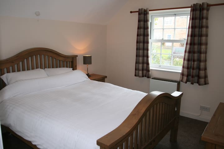 Easingwold 2018 (with Photos): Top 20 Places to Stay in Easingwold -  Vacation Rentals, Vacation Homes - Airbnb Easingwold, England, United  Kingdom