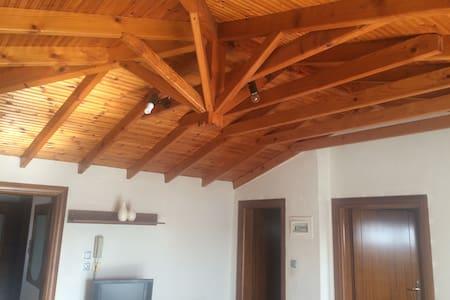 Cosy loft in Ormylia Halkidiki - Ορμύλια - Apartment