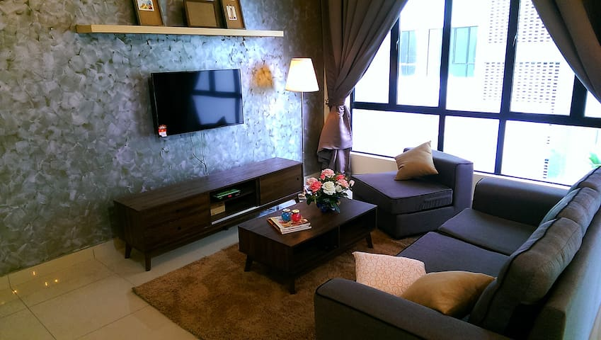 Cozy new apartment by a golf resort @ Johor Bahru