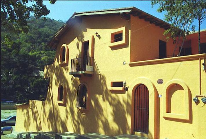 Mexican Hacienda-Style Studio Facing the Water #4