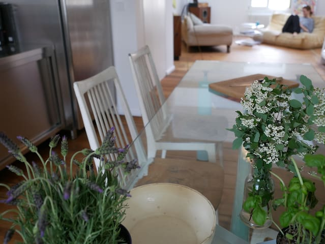 Beautiful & bright apartment in the heart of Mitte
