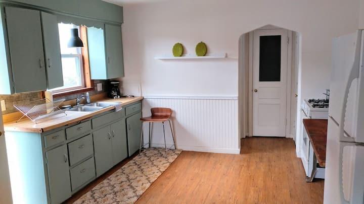 Clean and Serene Short Term Studio