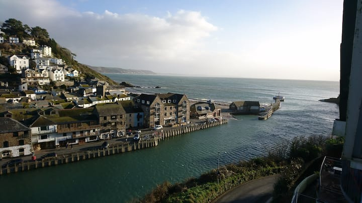 Spectacular Harbour & Coast View Looe