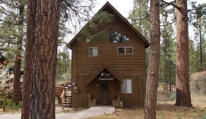 Snowcrest - Hot Tub and WiFi! - Big Bear Lake - Casa
