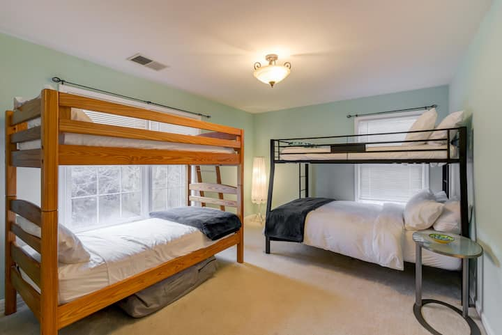 The Dogwood Suite @ Potomac Overlook Farms