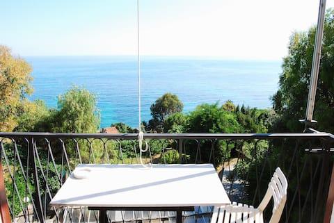 Appartamento vista mare Ventimiglia località Latte