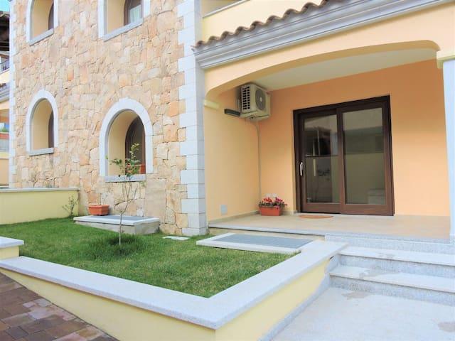 Casa relax con giardino / Glicine