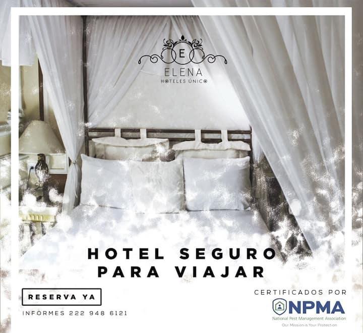 Hotel Elena Único