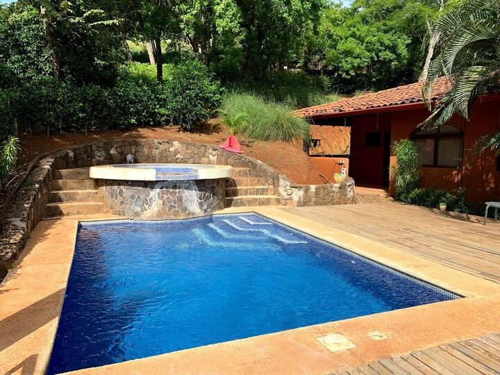 Casa con piscina privada para su burbuja social
