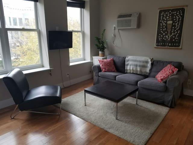 Amazing Loft Studio In Dupont/U St. - Washington - Apartment