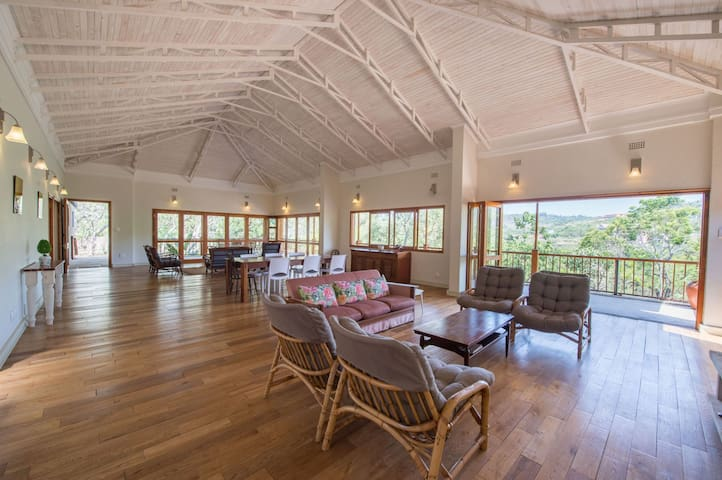 WildFig Country House, Wildlife Estate White River - White River - Huis