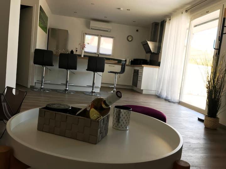 Bel Appartement contemporain tout confort au calme