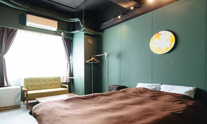 Double room,10 second to hot spring♪