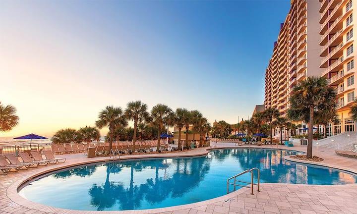 1BR King Bed Luxury Condo // Club Wyndham Ocean Walk Resort