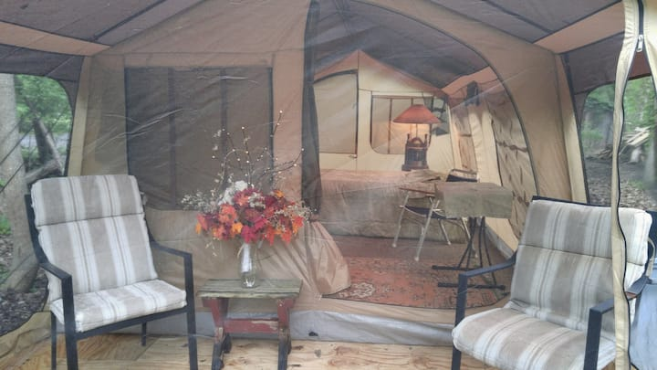 """Glamping"" in the Woods"