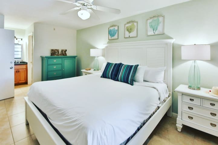 Coastal vibes even while you are sleeping!