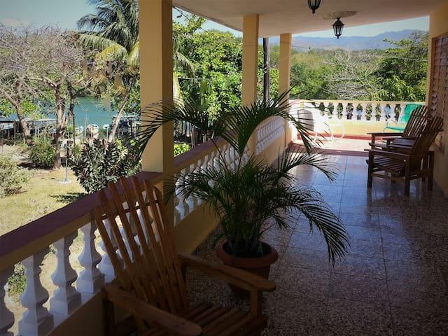 Villa Rio y Mar - Beautiful Seaside Casa - Room 2