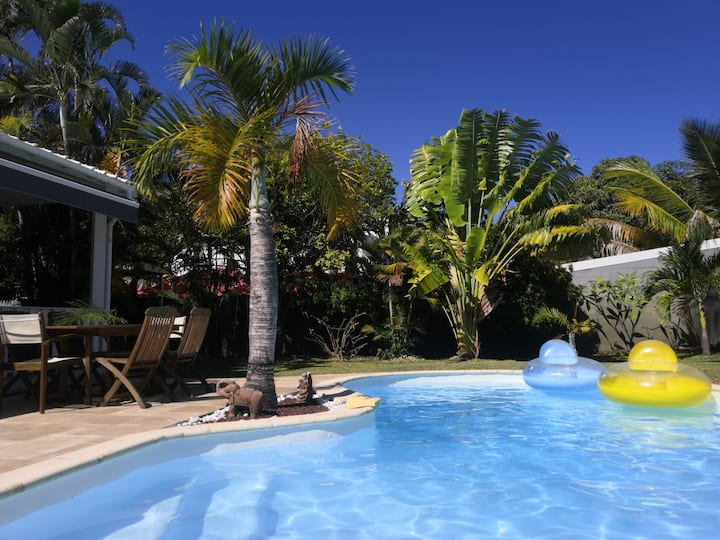 Villa entière Plage Péï proche lagon avec piscine