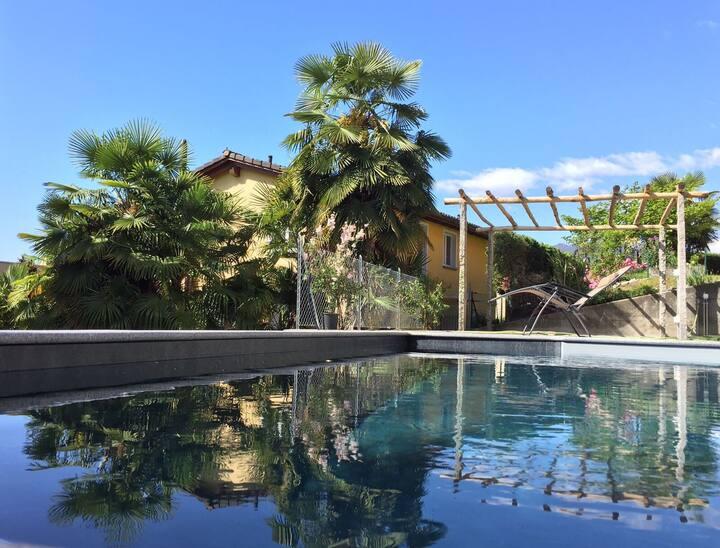Ferienhaus mit Pool nahe Locarno