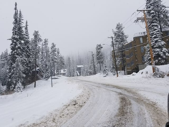 Central Big White Get Away