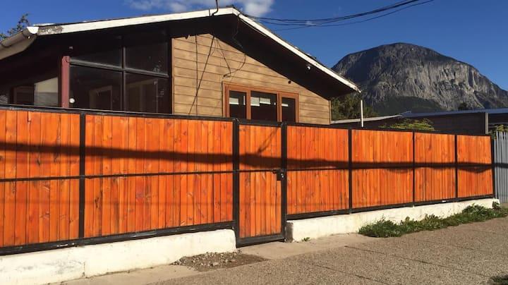 Casa 3D/1B, ubicada en pleno centro de Coyhaique!