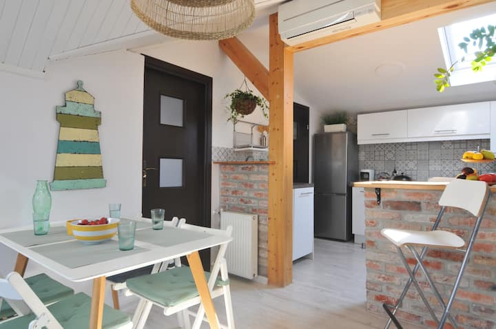 Solare Loft/3 rooms/300 meters from the beach