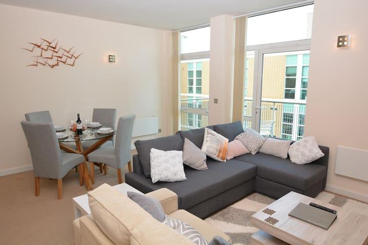 Modern, spacious and unique city centre apartment