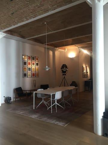 Bright Double Room In Beautiful Kreuzberg Loft