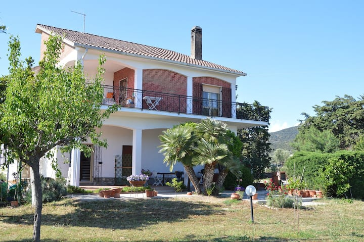 Appartamento in Villa nella verde Toscana