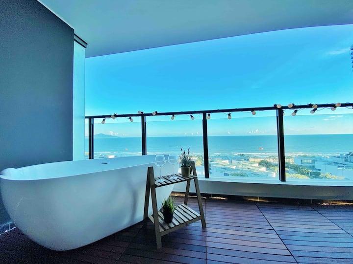 玥海180度海景大床房【维密】浴缸+投影 沙滩近在咫尺