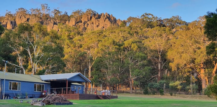 Hanging Rock Lodge - 2 mins from Hanging Rock gate