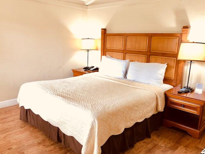 Premium King Bedroom - CRI