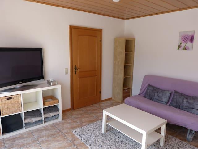 Minimalistische, helle 2 Zimmer Wohnung in Bayern
