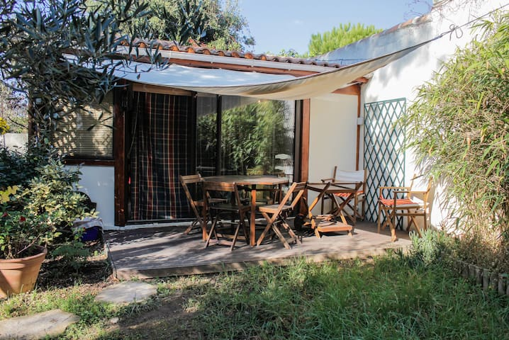 Welcome to my charming bungalow - Marseille - Dům