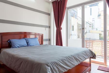 Cozy Studio Apartment (2nd Floor) - Хошимин
