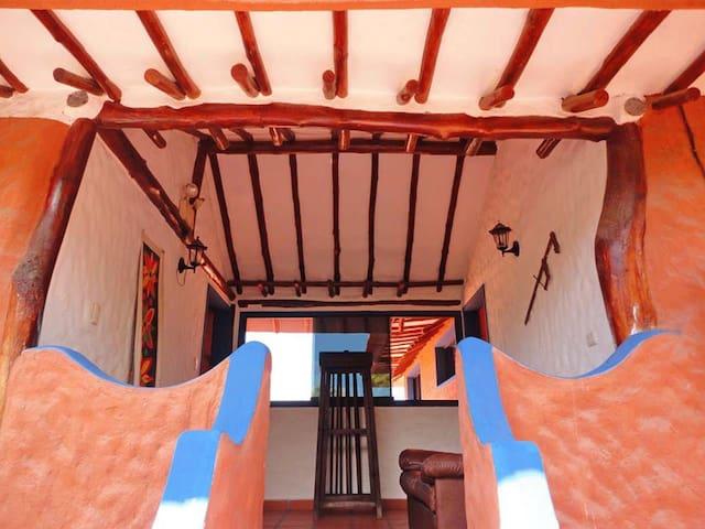 Apartamento vacacional en Playa el agua - La Mira