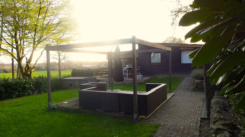 Vakantiehuis Bad Bentheim - Jacuzzi/Sauna