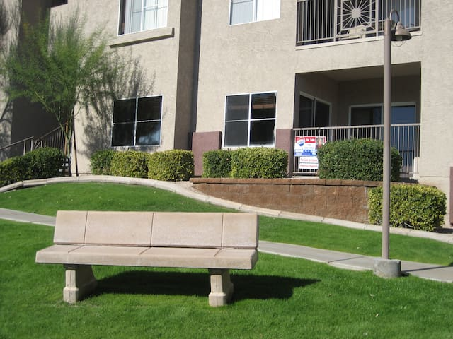 Fountain Hills 1 BR condo w/ VIEWS - Fountain Hills