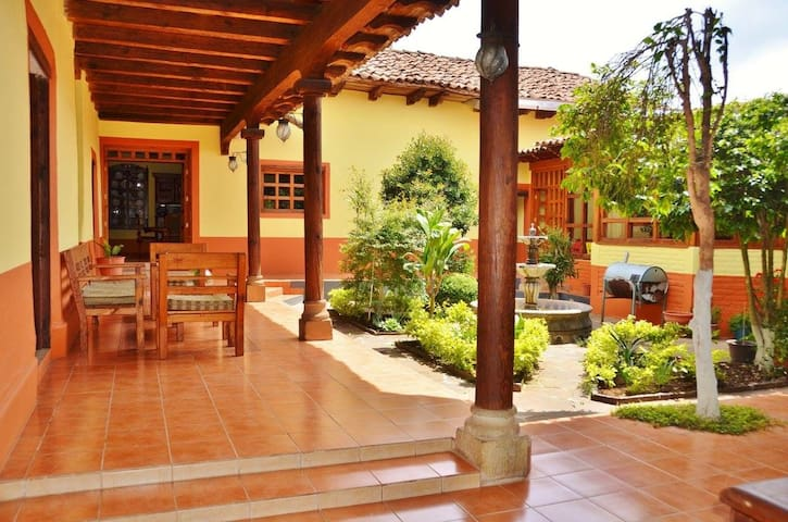 La joya de Mazamitla, Finca histórica - Mazamitla - House