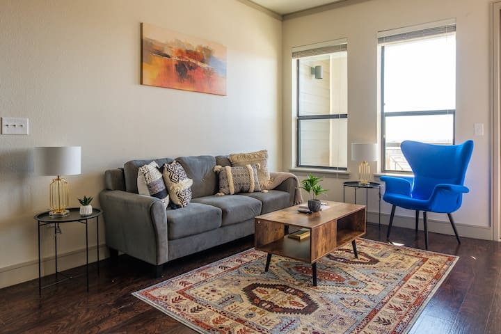 Boutique and Spacious 2BR Apt