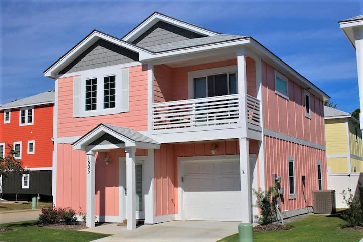 Just Peachy at Devonshire Place 3 Bedroom Home