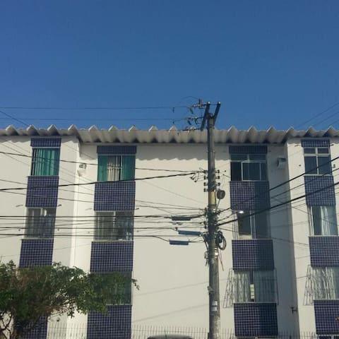 Apt. Cabula, Próx. a Uneb, Baiana,  Roberto Santos