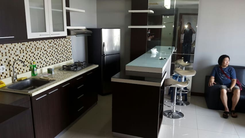 Family - friendly clean apartment - Surabaya - Wohnung