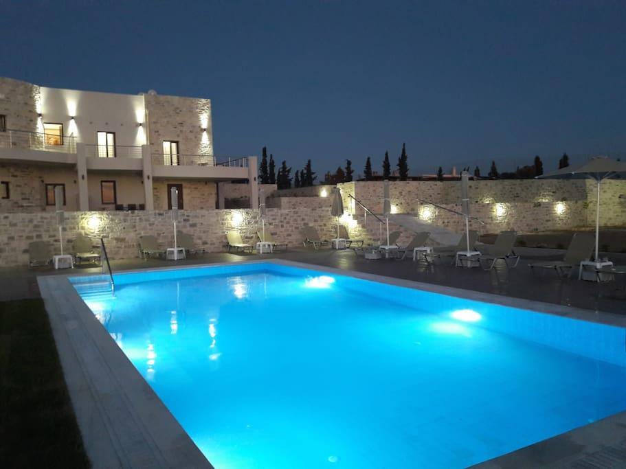 Orelia Cretan Deluxe Apartment 1 - The 78 sqm pool by night
